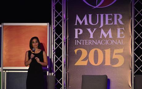 Slider-MujerPyme—Auto_0002_lolita-conferencia2